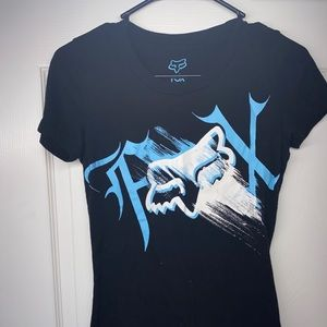 Women's xs fox tshirt